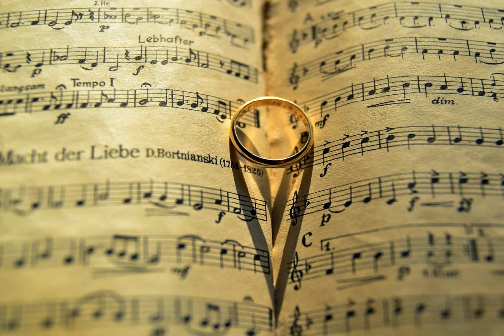 music-1719477_1280
