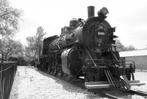train-215861_1280