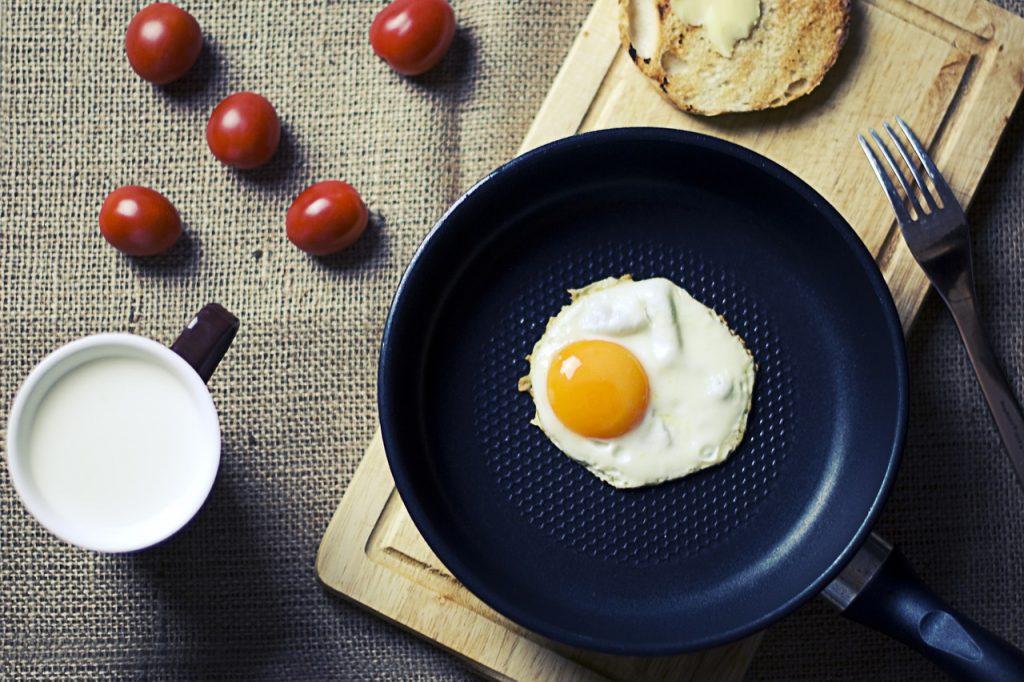 breakfast-924167_1280